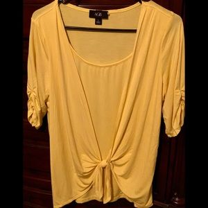 | Like New Ladies Blouse by AGB | Size Large